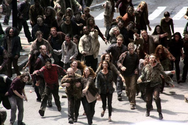 the-walking-dead-zombie-attack-01.jpg