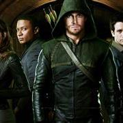 arrow_tv_serie4017.jpg